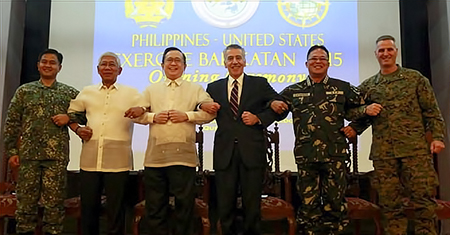 philippines-usa militaires posecommun2014 fagy